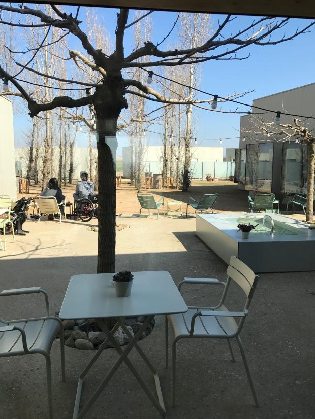 patio-hotel-aire-de-bardenas